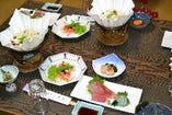 牛すき鍋と会席料理
