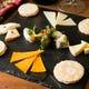 ワインのおつまみにぴったり♪いろいろチーズの盛り合わせ