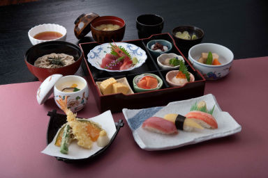 北海道生まれ 和食処とんでん 渋川店  コースの画像