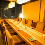 中団体席は最大16名様まで対応!完全個室は掘り炬燵席もご用意!