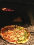 イタリア直輸入の薪火焼ピザ釜