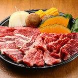 『Aセット』ロース・カルビ・ハラミ・骨付きカルビ・焼野菜盛り