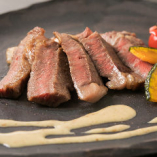 上質なお肉をシンプルなステーキで