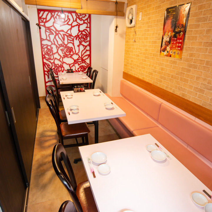異国情緒溢れる空間の使い勝手の良い個室は各種宴会に最適です