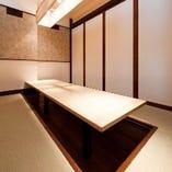 掘りごたつ個室席のエリアは仕切り次第で個室にも貸切にも。