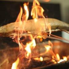 素材を引き立たせる!藁焼き、炭火焼
