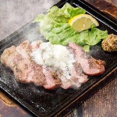 国産豚のトンテキ ~ガーリックバター~