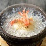 生きた海老とホタテを使用し他店にはない限定品のお料理!