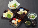 夜の御膳 手毬寿司と紙鍋豆腐