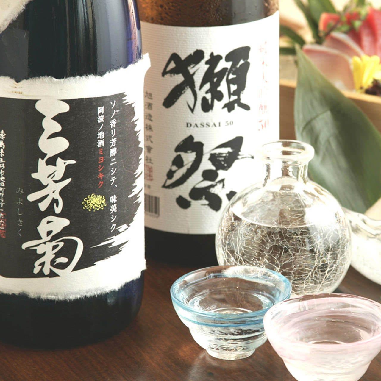 日本全国の銘酒を取り揃えております