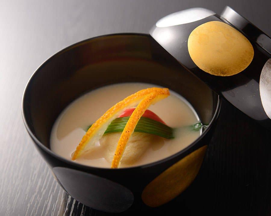 日本料理の華「椀物」