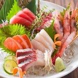 当店自慢のお造り5点盛り♪新鮮なお魚を是非、御賞味下さい!!