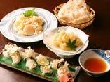 名物のハナビラタケ。バター焼・天ぷら・にぎり。