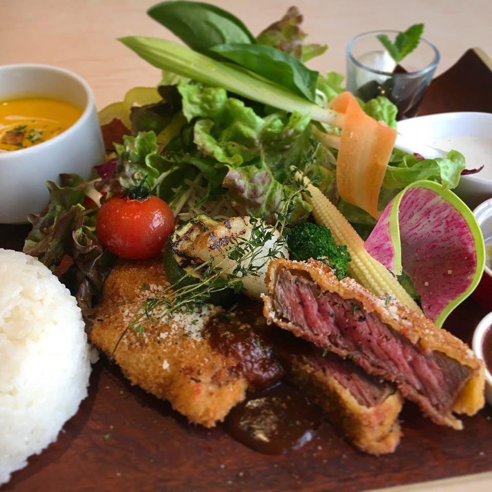 本日のお肉〜ビーフカツレツランチ〜などその日の技法で!