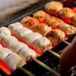 串焼には鹿児島県産の銘柄鶏である「桜島どり」が味わえます