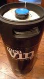 イタリア直送の樽ワイン。グラス730円