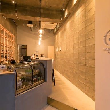 ROKUMARU CAFE  店内の画像
