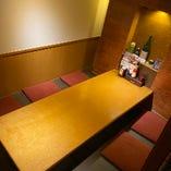 ゆっくりできる空間が個室が中心! 落ち着いた雰囲気の店内
