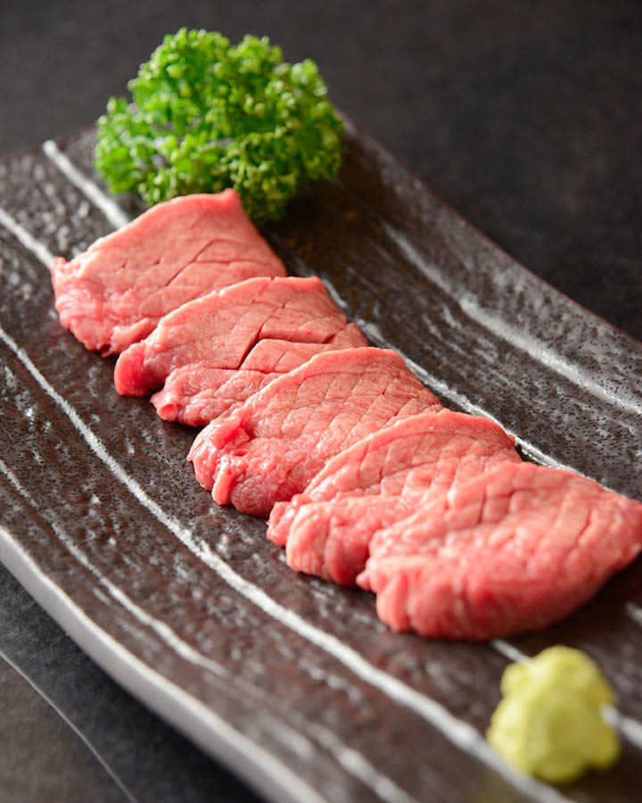 肉本来の濃厚な旨味!国産和牛!
