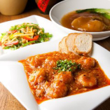 某有名店で研鑚を積んだシェフの四川料理の本格コースがリーズナブルに