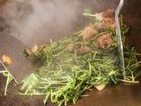 信玄鶏レバーと豆苗のうまタレ焼き