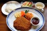 特上ビフカツ定食 2,200円(税込)(スープ・サラダ・ライス付)