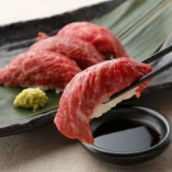 【話題の肉寿司】 大人気の肉寿司も楽しめる♪