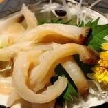 日替わりの板長のおすすめ海鮮メニュー 【本ミル貝のお刺身】