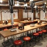 同僚や友人同士の食事会に!テーブル席(2〜14名様)