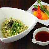 小豆島のオリーブソーメン 季節の野菜ぶっかけ(冷)