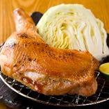 徳島・阿波すだち鶏 骨付きモモ肉  ~オリーブハーブ塩のオーブン焼~