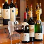 ワインセラーは4台完備!お好きなワインをお選びください。