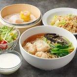 ワンタン麺定食