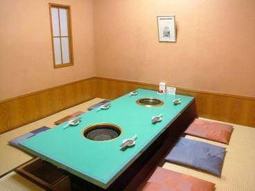 焼肉・鉄板焼ステーキ 橘通りミヤチク 店内の画像