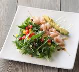 甘海老とアボカドルッコラのサラダ