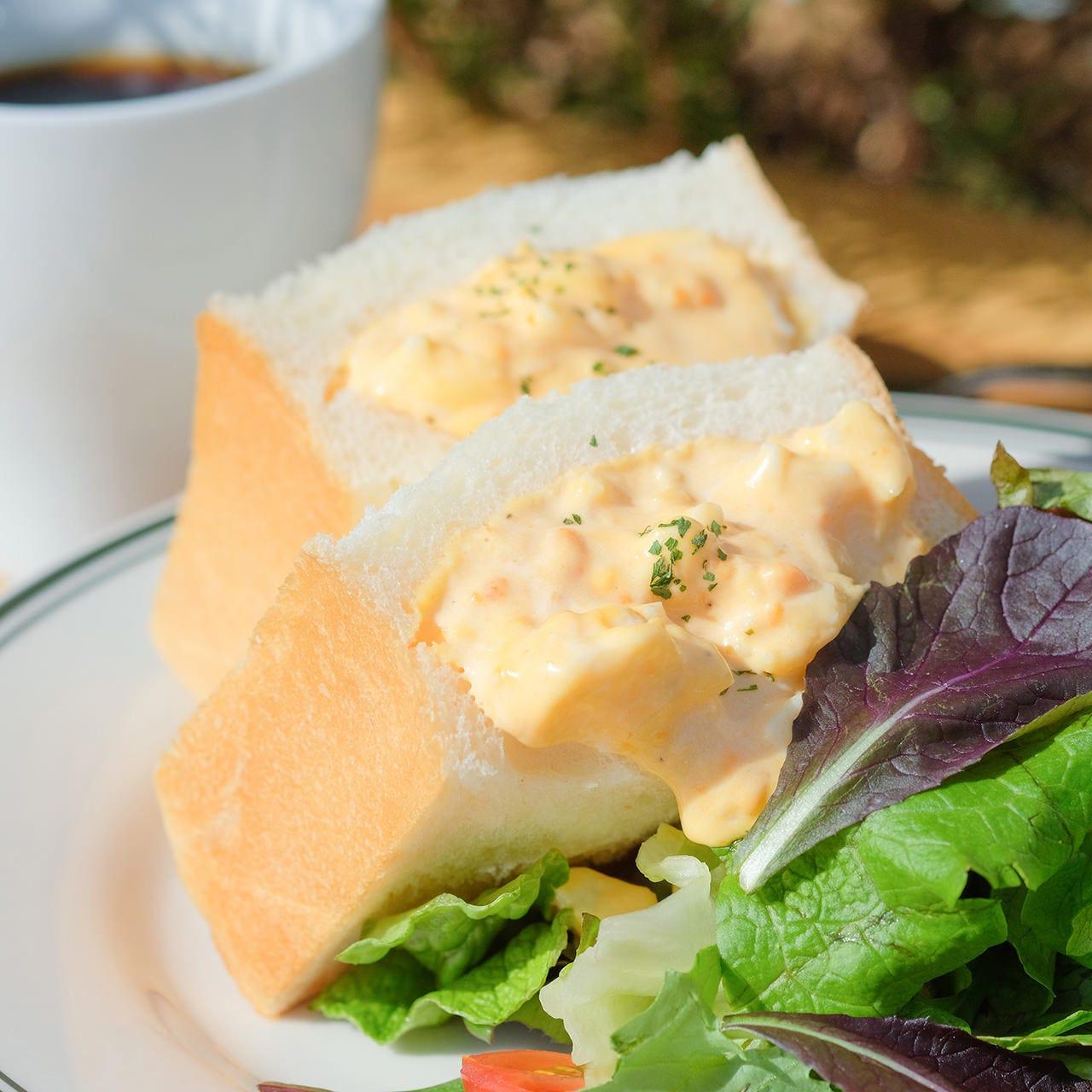 深谷 田中農園から届いた特別なたまごで作るサンドイッチ