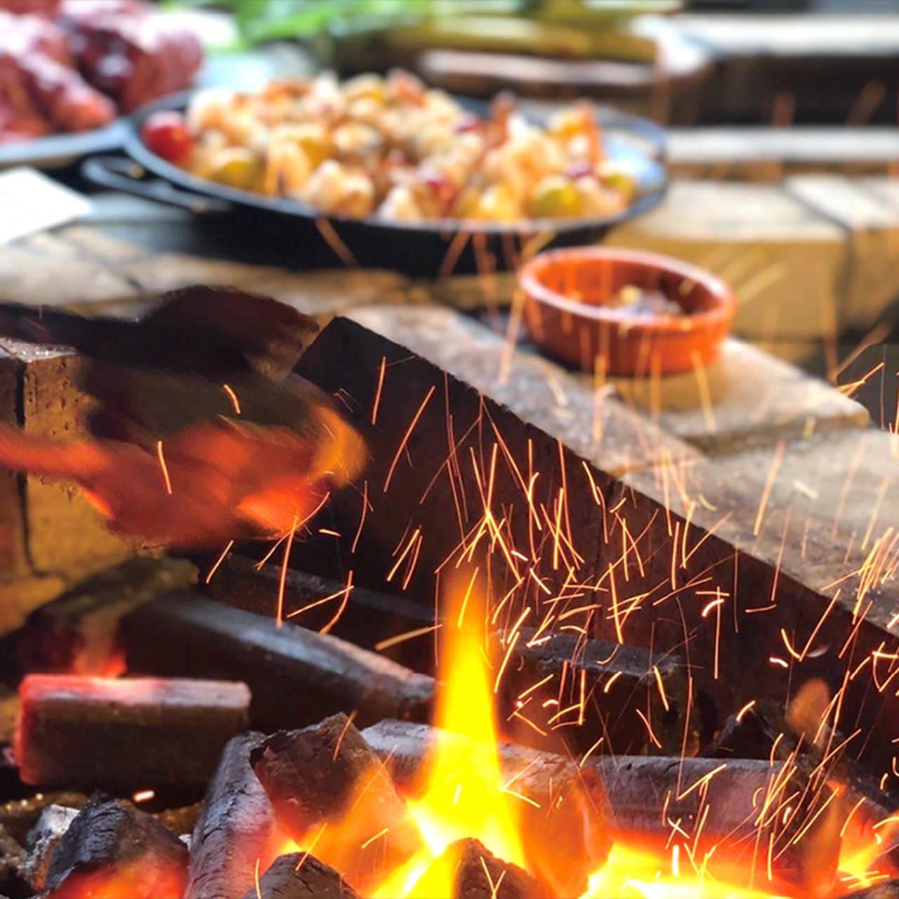 お肉や野菜、デザートなど10品が揃う新定番!BBQプラン