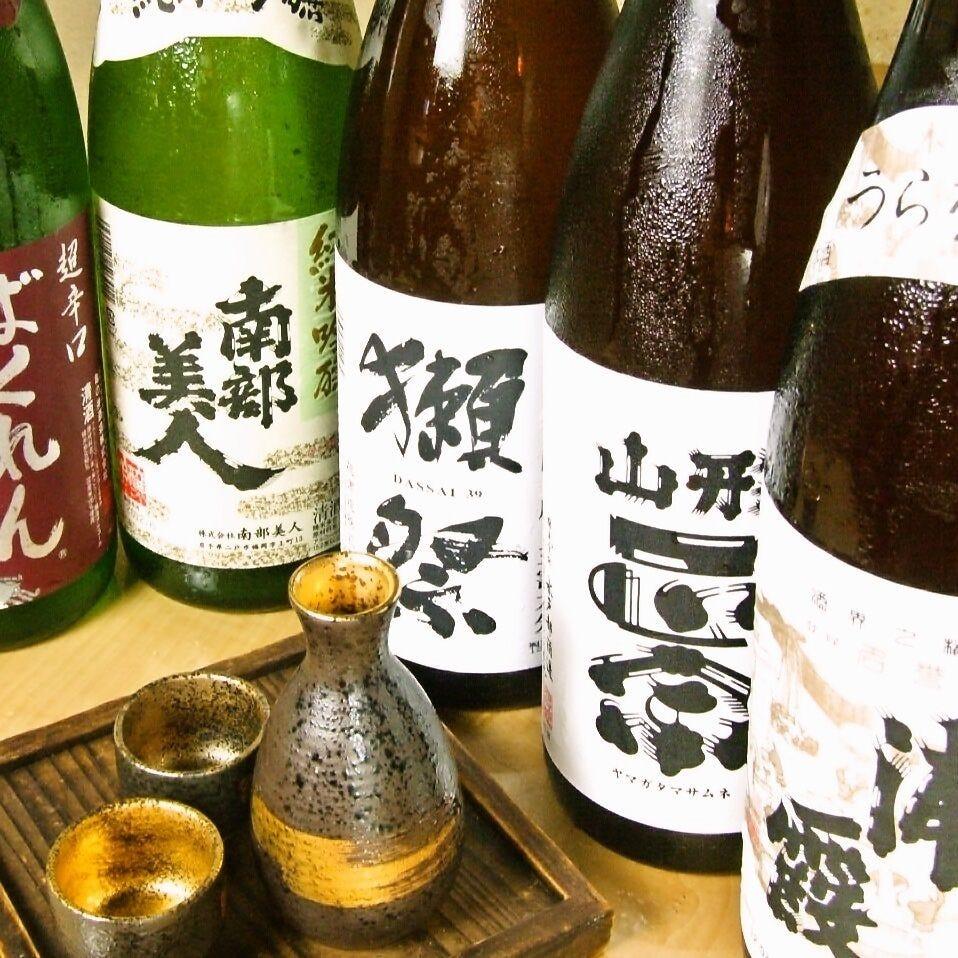 +1000円で厳選日本酒10種、更に+500円で全34種が飲み放題に!