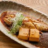 島根県産のどぐろの煮付けは、数量限定・特別価格でご提供中です。