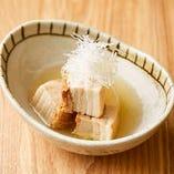豚角煮も京風に仕上げると、出汁が香る、すっきりと澄んだ味わいになります。