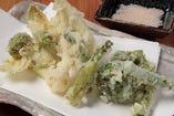 自家製海老真蒸と秋野菜の天ぷら
