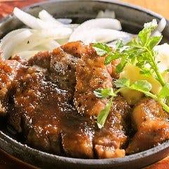 茨城県銘柄豚ローズポークの「肉厚ポークジンジャー」