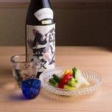 【お飲み物】 日本酒や焼酎など料理に寄り添う銘酒も豊富に