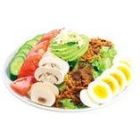 ボリューム満点のコブサラダ。日本では中々味わう事が出来ないフレッシュマッシュルームをたっぷりと、仕上げにブルーチーズとフレンチドレッシングでお召し上がりください。