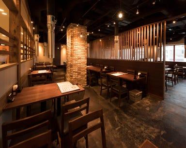炭火焼肉・韓国料理 KollaBo(コラボ) お台場店 店内の画像