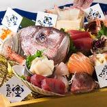 北海道内たくさんの海産物を独自のルートで仕入れ! 美味しさと新鮮さは保証します!