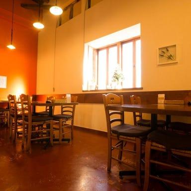 イタリア料理&バールたんと 小新南店 店内の画像