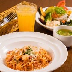 イタリア料理&バールたんと 小新南店