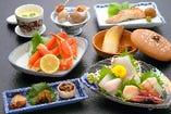 春の会席料理、七品5,000円の参考例。
