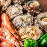 産地直送の殻付き牡蠣、殻付きホタテ、ホンビノス貝を堪能
